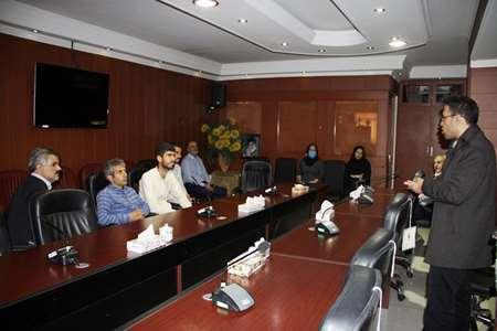 برگزاری-کلاس-آموزشی-نحوه-تهیه-محلولهای-گندزدایی-برای-پیشگیری-از-کرونا-ویروس-در-مرکز-بهداشت-جنوب-تهران