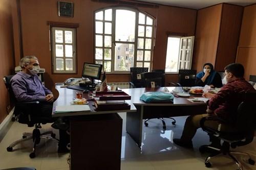نشست-رئیس-مرکز-بهداشت-جنوب-تهران-با-شهردار-منطقه-17-برای-ارتقای-برنامه-های-تحقیق-و-توسعه-سراج