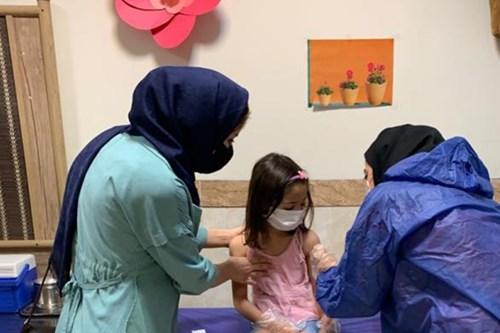 نظارت-کارشناسان-مرکز-بهداشت-جنوب-تهران-بر-واکسیناسیون-نوآموزان-بدو-ورود-به-دبستان