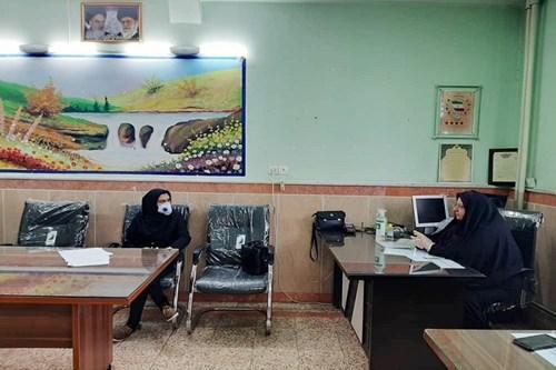 اهدای-لوح-پنج-ستاره-مرکز-بهداشت-جنوب-تهران-به-مدارس-مروج-سلامت-تحت-پوشش